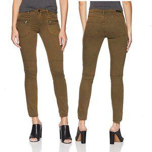 BLANK NYC NWT Olive Wannabe Skinny Pants